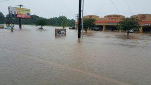 491294-louisiana-flood-reuters
